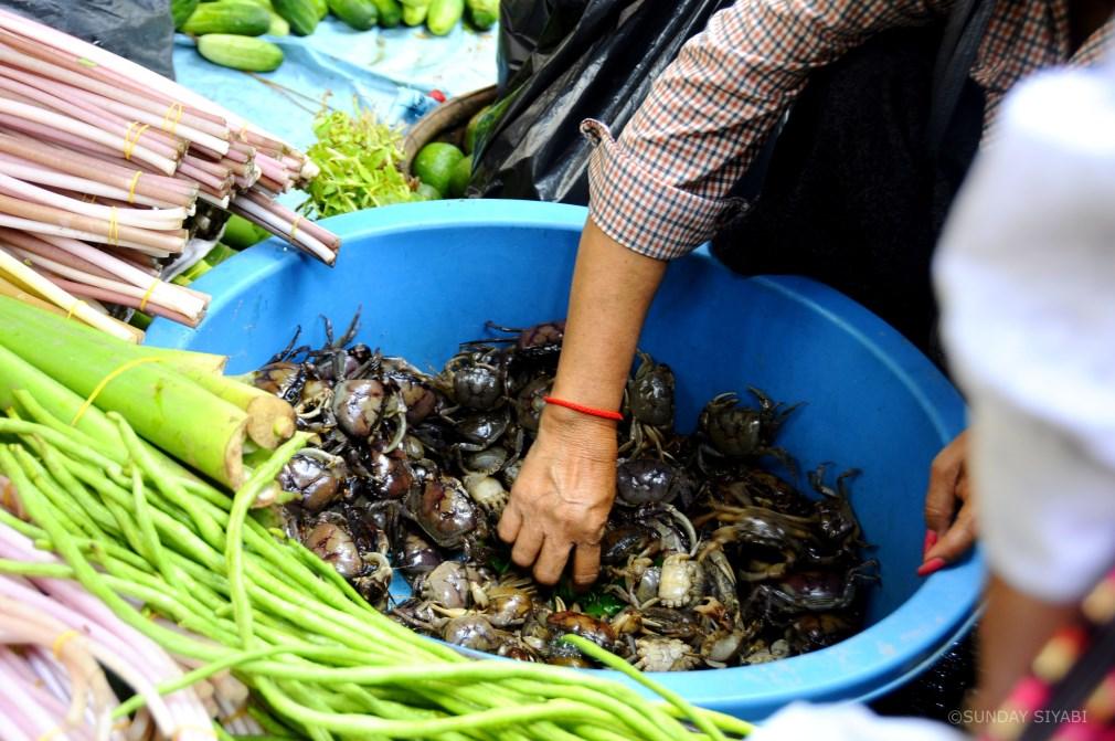 Teuk Thla market phnom penh cambogia