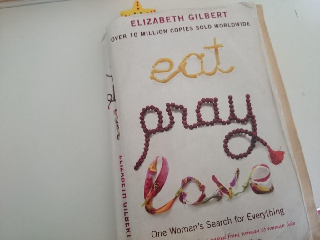Mangia prega ama di Elizabeth Gilbert
